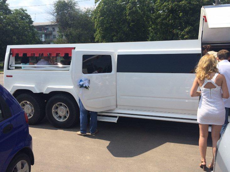 mega-limo (1)