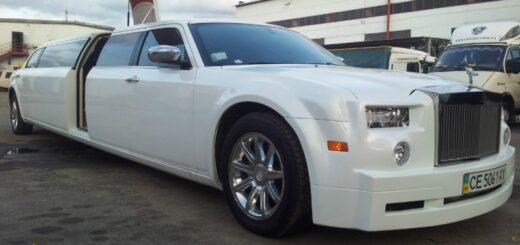 Chrysler300c replica Rolls-Royce,изготовления лимузина,вставка (3.55 метра) с дополнительной боковой дверью крыло чайки.