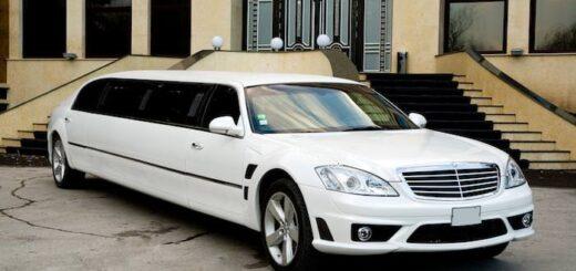 Lincoln Town car изготовление лимузина в Молдавию,изготовления вставки в лимузине 3.5 метра,лимузин изготовлен в Кишинёв.