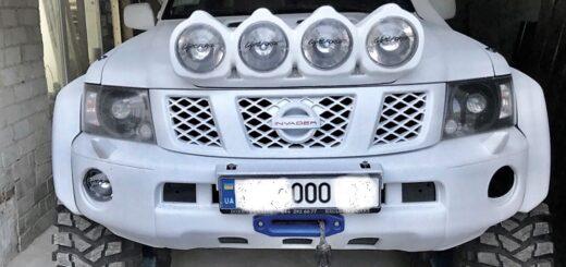 Nissan Patrol y61 коротыш, установка мостов Volvo c303 laplander,установка Исландских расширителей арок на патрол 61,установка портальных мостов на патрол и 42 колеса.